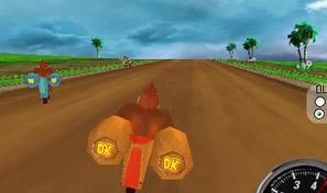 Participe à des courses de motos avec Donkey Kong