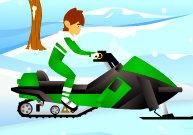 Ben10 fait de la motoneige en montagne