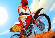 Piloter une motocross tout terrain en contre la montre