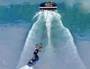 Un wakeboarder fait des sauts sur l'eau à pleine vitesse